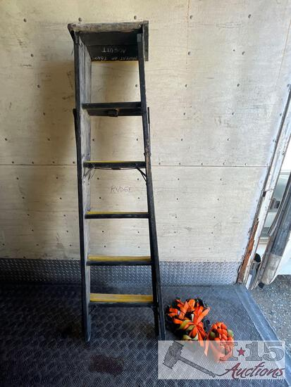 6? Wooden Ladder and Approx. 16 Ratchet Straps