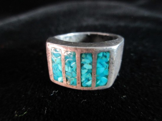 Crushed Turquoise Stone Sterling Silver Vintage Ring