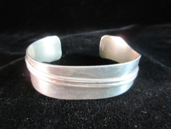 Vintage Sterling Silver Cuff Style Bracelet
