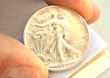 1943 Uncirculated Walking Liberty Half Dollar -- 90% Silver!!
