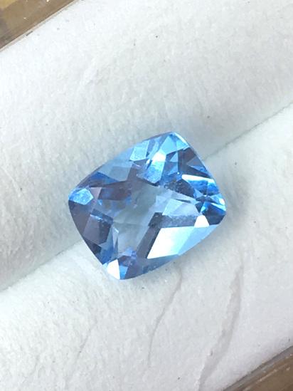 Cushion Checker Natural Blue Topaz 1.5 ct