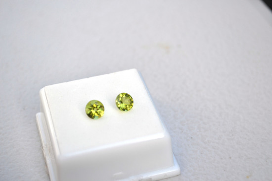 1.65 Carat Matched Pair of Round Cut Peridot