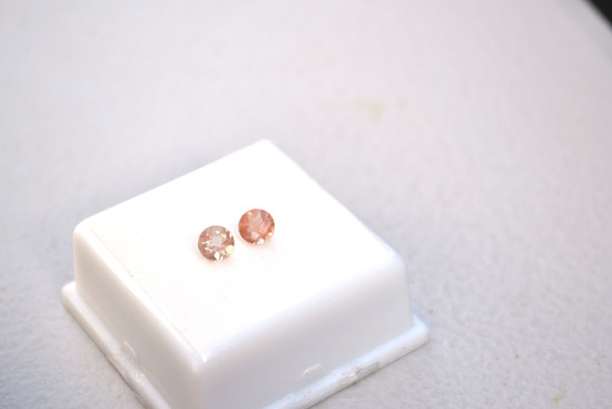 0.92 Carat Matched Pair of Coppery Red Oregon Sunstone