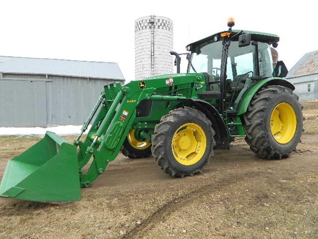 John Deere 2015 5085E Tractor