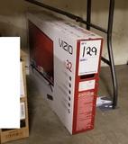 Vizio 32in LED Smart Tv ~ Model #E32-C1