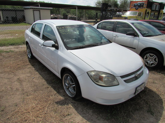2010 Chevy Cobalt White
