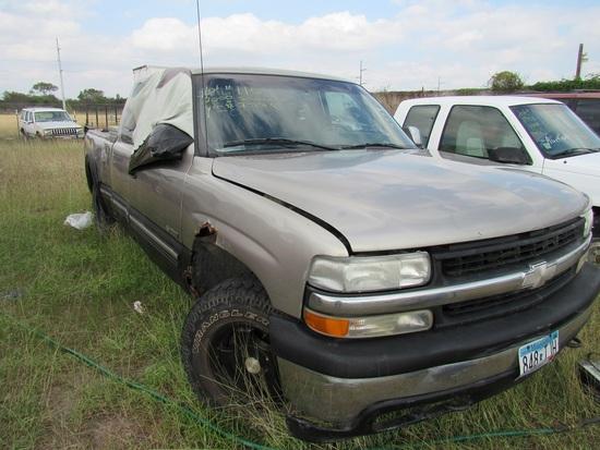 2000 Chevy Silverado Pick Up Beige