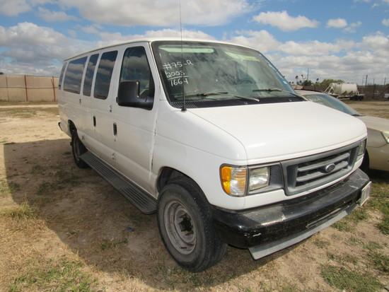 2003 Ford E-350 Extended Passenger Van