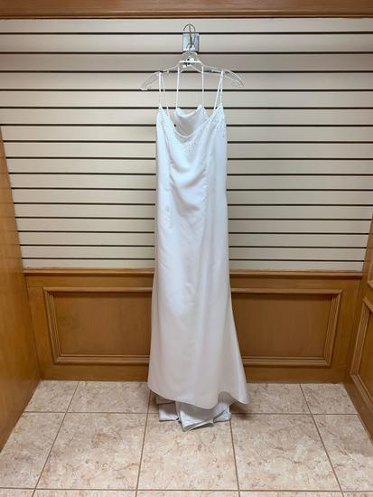 Mary's M1383 White Dress, Size 14