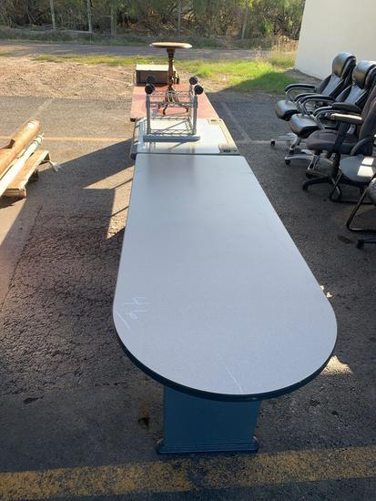 3 BIG TABLES, 2 SMALL TABLES