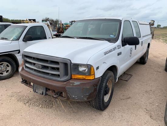 2000 Ford F-350 4DR Crew Cab