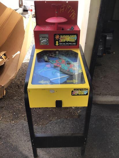 "Arcade Games & Boom Boxes ""Crusin USA"", Sports Blaster"