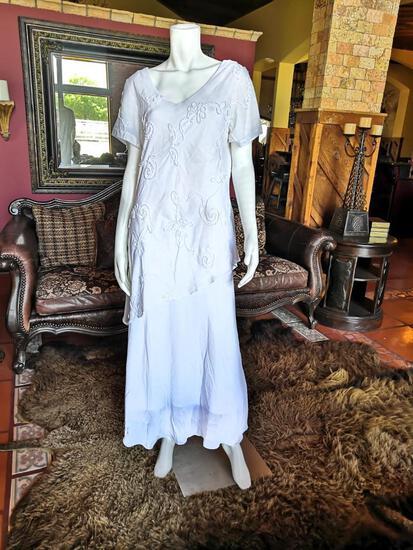 NIGHT DRESS. BRAND CATO. SIZE 14. PRICE $250