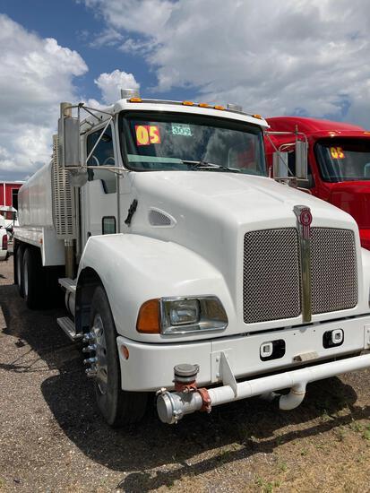 2005 Kenworth Water Truck T300, VIN# M103985