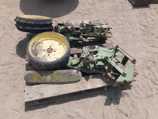 Pallet w/ 2-Single Row Planters (Parts)