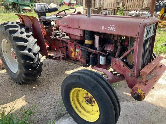 1967 International 2444 Tractor... 8-Speed, 4 Cyl.Diesel Engine,... 6,102 hrs, 2 wd, S# 00684 ??????
