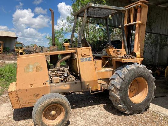 586 E. Case Forklift Construction King