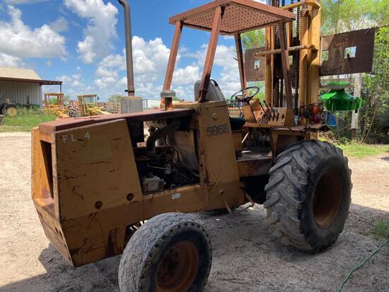 586 E. Case Forklift