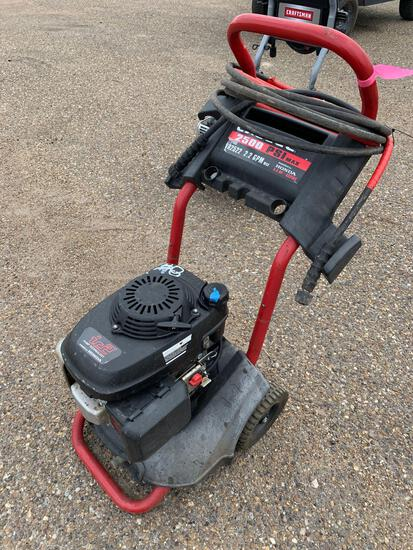 IC2 Excell Power Washer powered by Honda