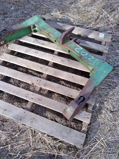 Pallet w/3 Point Hitch Quick Connect Attachment