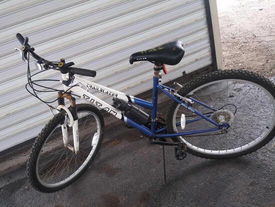 Blue w/White Trailblazer Titan 18-Speed Bike