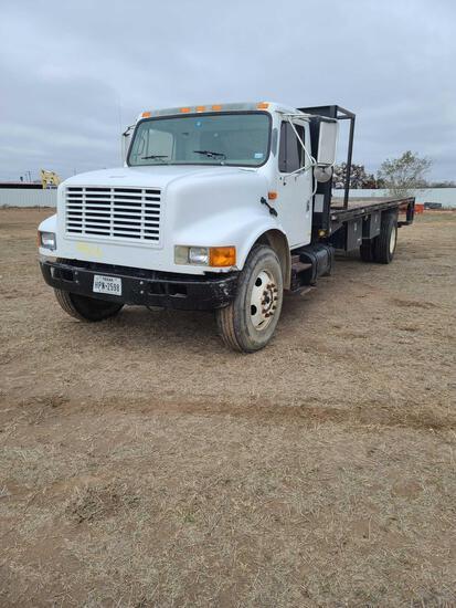 2001 International 4700 Flatbed Truck, VIN # 1HTSCAAMX1H326109