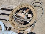 Submergible Hydraulic Pump w/Hose