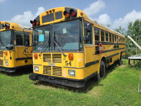 """""""F-5"""" 2000 Thomas Built Buses Saf-T-Liner MVP-EF Bus, VIN # 1T88N3B24Y1084977"""