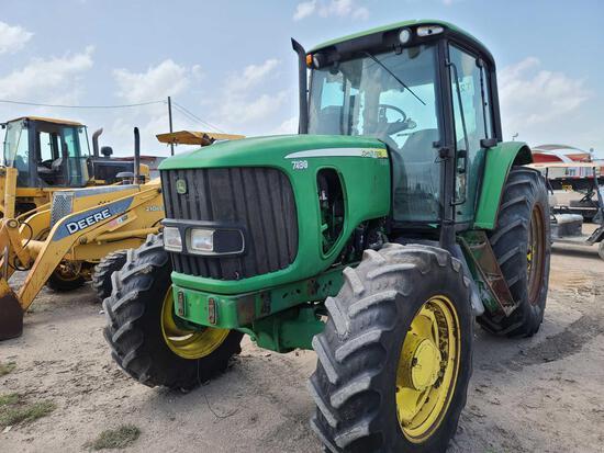 John Deere 7130 Tractor Hours: 2,275