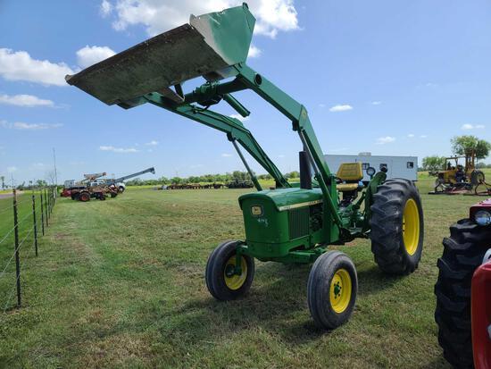 John Deere 1120 Tractor
