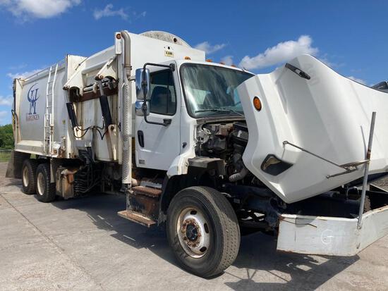 2013 Freightliner 108SD Truck, VIN # 1FVHG5BS0DHFH5400