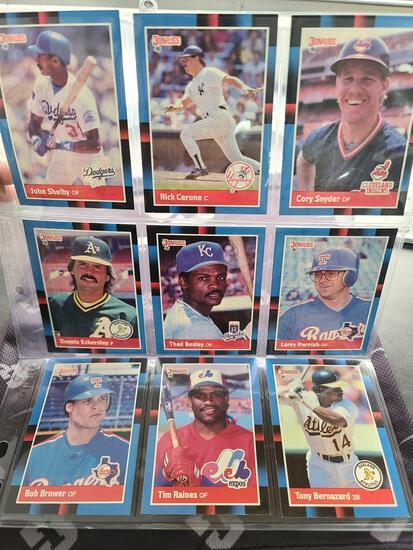 Lot w/Collectors Baseball Cards