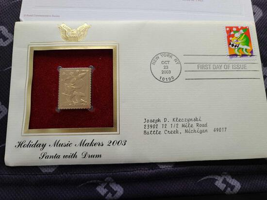 Lot w/ Holiday Music Maker 2003 Santa w/Drum Stamp & 1976 Bicentennial First Day Cover Coin