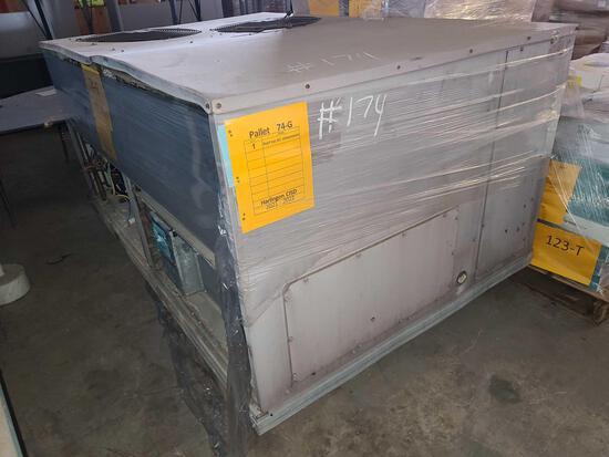 (1) Roof Top AC Compressor