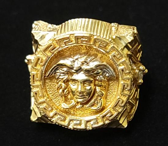 """Versace"" design 10k Mens Ring"