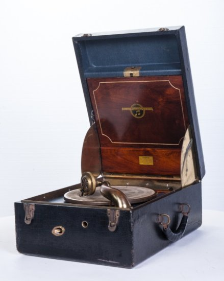 Columbia Model 163 Suitcase Disc Phonograph