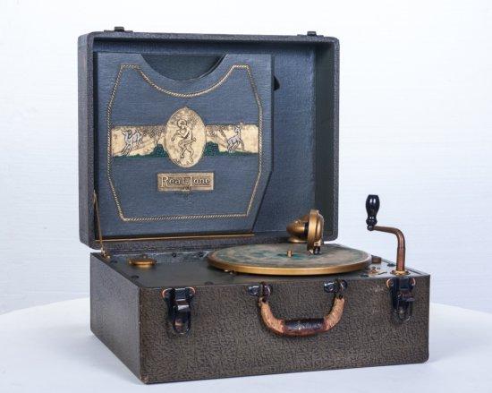 Realtone Suitcase Disc Phonograph