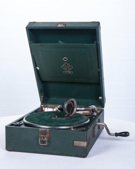 Telefunken Suitcase Disc Phonograph