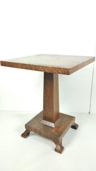 Quarter Sawn Oak Square Top Pedestal