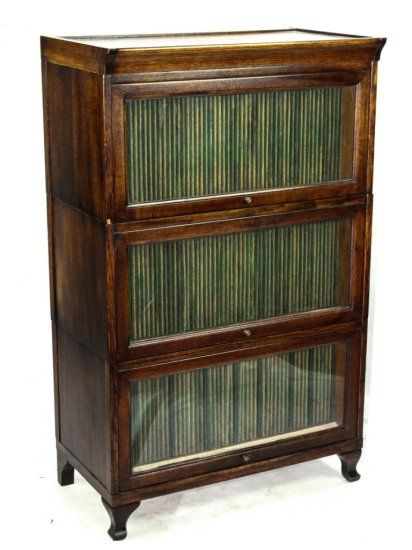 Diamond Disc 3-Section Record Cabinet w/Glass Door