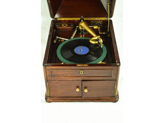Victor Talking Machine Victrola VV-XI Phonograph