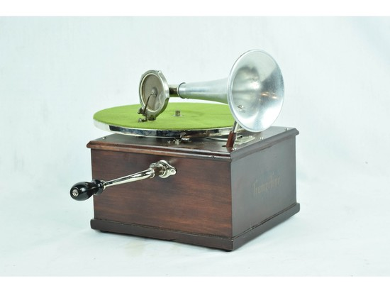 Trumpetone Table Top Disc Phonograph with Horn