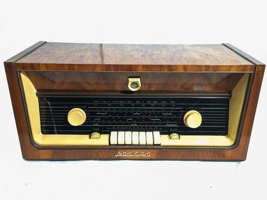 1960's Bolero Radio