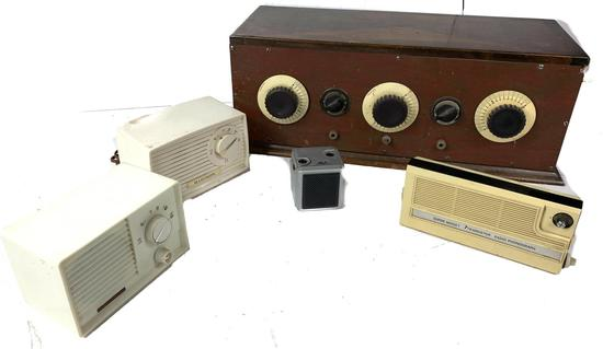 2 Japanese Tube and 2 Transistor Radios