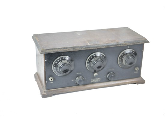 1926 Freshman Masterpiece Battery Model Radio