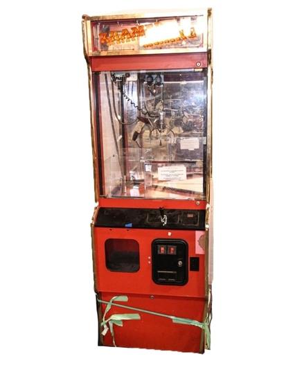 Kramer Krane Arcade Claw Game