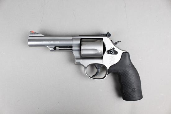 Smith & Wesson M69 Combat Magnum 44 Mag