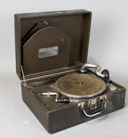 Edison Portable Suitcase Disc Phonograph