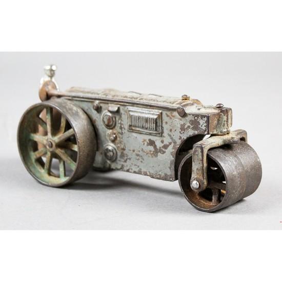 Arcade Cast Iron Road Roller Toy