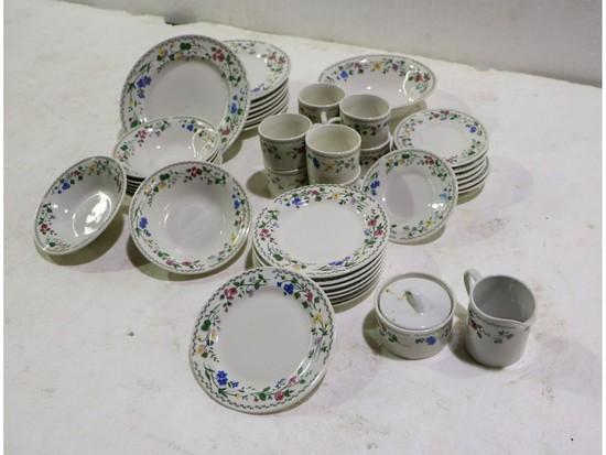 Farberware Stoneware English Garden Dishware